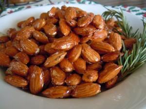 Honey Lacquered Almonds Gourmet Caramel Apples 044