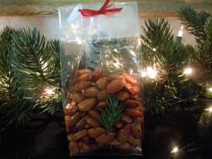 Honey Lacquered Almonds Gourmet Caramel Apples 051