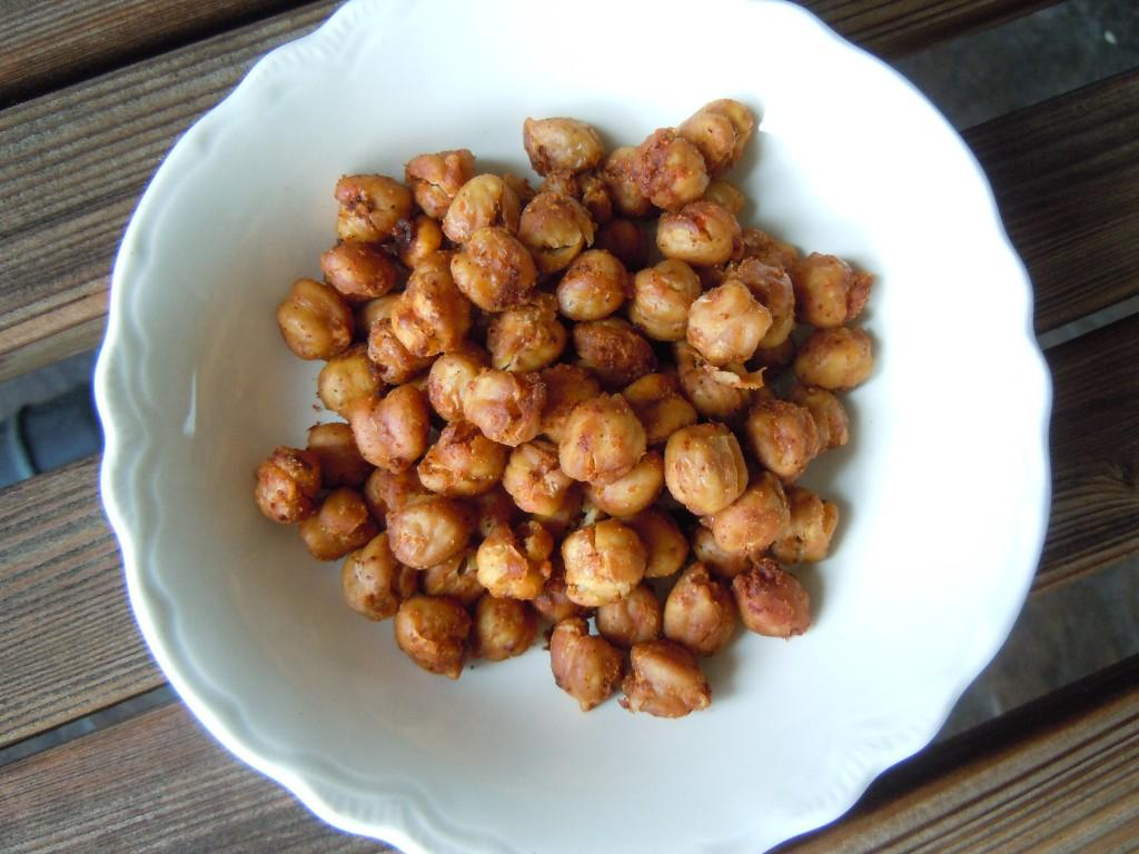 Spicy Roasted Chickpeas Weight Watchers PP 3 » Nutmeg Notebook