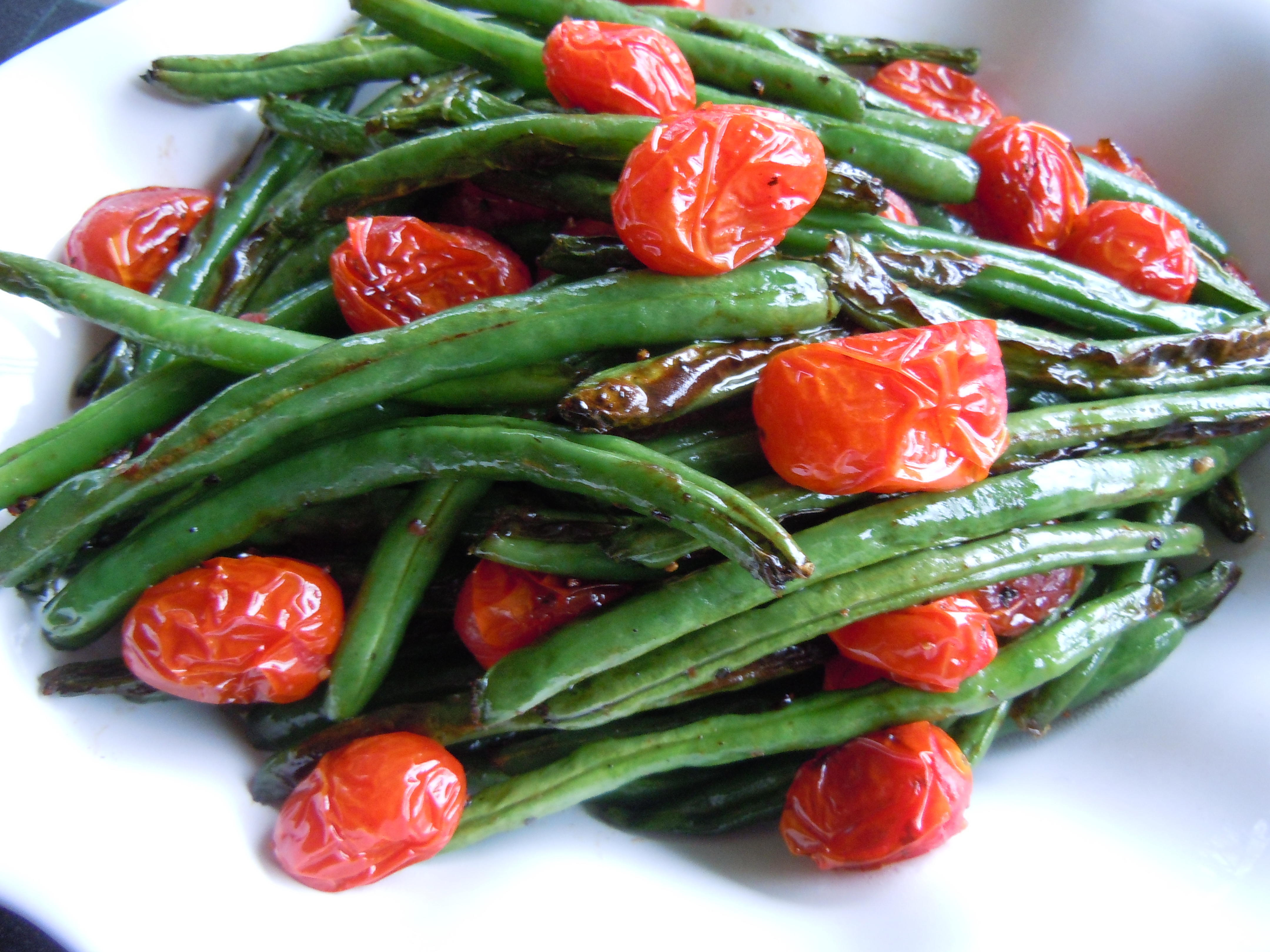 Forum on this topic: Roasted Salmon, Green Beans, and Tomatoes, roasted-salmon-green-beans-and-tomatoes/
