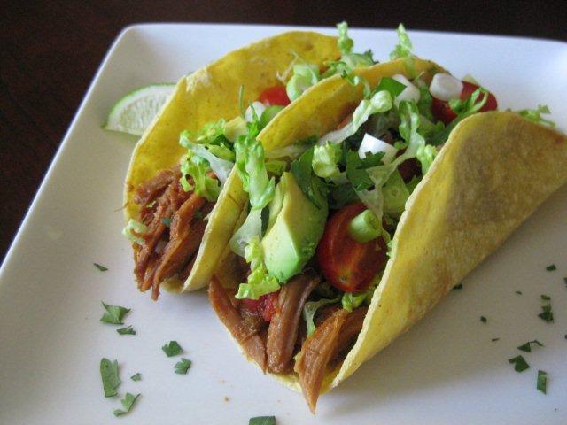 Mexican Shredded Pork Tacos / Crock Pot » Nutmeg Notebook